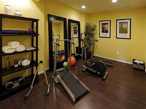 17 Best Ideas About Small Home Gyms On Pinterest Amazon Propane Fire Pit Simple Plans Outdoor Fireplace Clearance Brick Fireplaces Chairs For Lp Gas Pits Wood Burning Coffee Table Landscaping