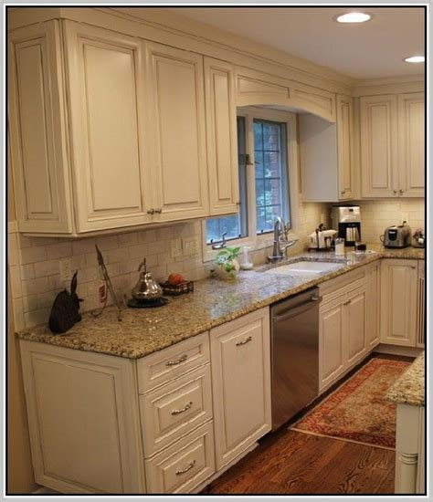 25 best ideas about venetian gold granite on