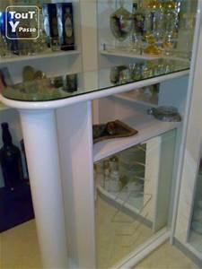 Meuble Bar Angle : meuble d 39 angle avec comptoir bar blanc laqu lyon 04 69004 ~ Melissatoandfro.com Idées de Décoration
