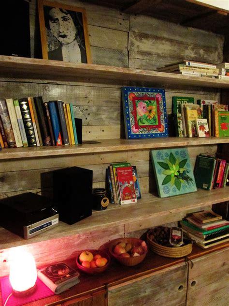 Libreria Pallet by Libreria Realizzata Interamente Con Tavole Prese
