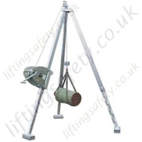 Lightweight and Adjustable Aluminium Tripod with Hand