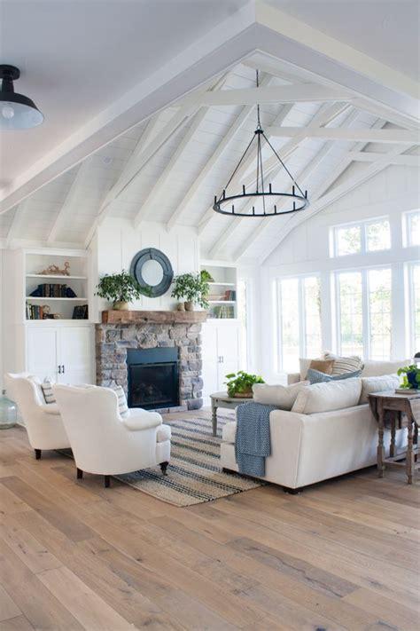 White Kitchens Ideas - best 25 white lake ideas on pinterest lake house kitchens lake house interiors and porch