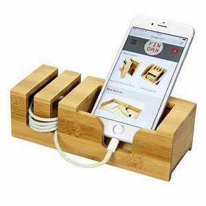 Delagarza Phone Holder Natur Pur in 2020 | Iphone stand, Desk phone holder, Phone holder