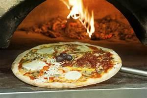 Four A Bois Pizza Professionnel : four pizza mod les de four pizza lectrique gaz ou ext rieur ~ Melissatoandfro.com Idées de Décoration