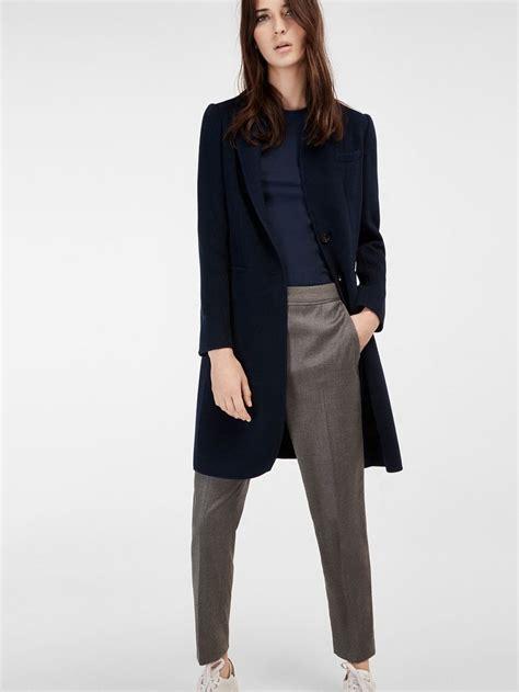 Outfit Pantalon Gris