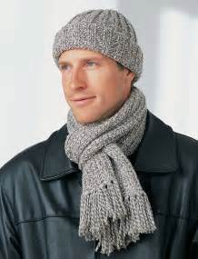 Men's Hat and Scarf Knitting Pattern