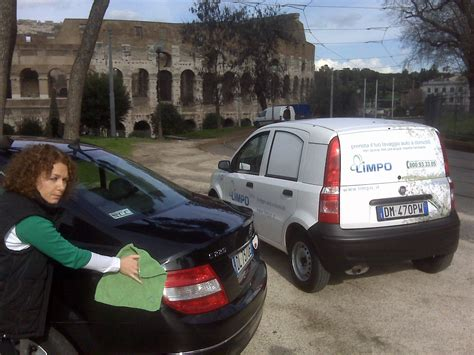 Lavaggio Tappezzeria Auto Roma by Lavaggio Tappezzeria A Domicilio Roma