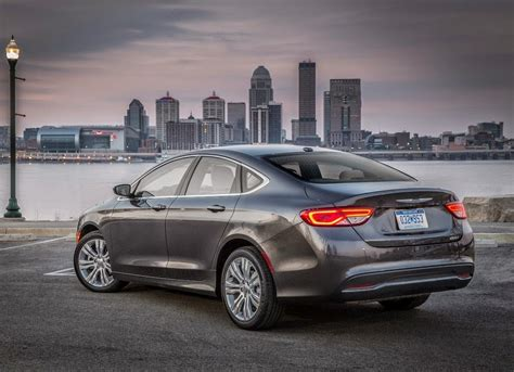 Chrysler 200 Car Hd Wallpapers