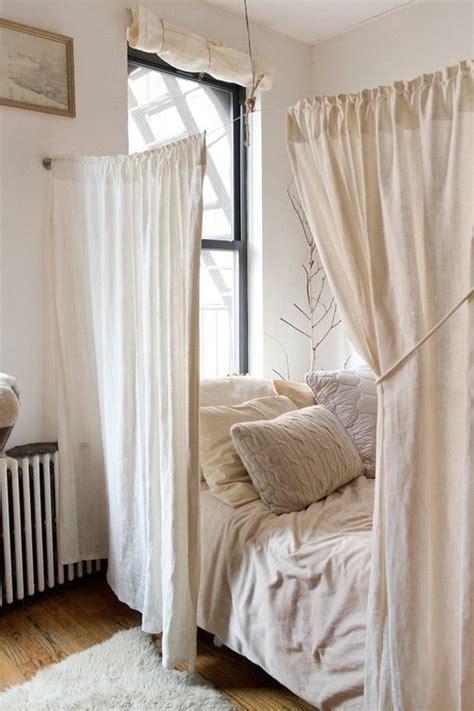 meubler une chambre les 25 meilleures idées de la catégorie deco studio sur
