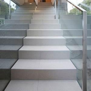 Treppe Fliesen Mit Schiene Anleitung : treppenfliesen treppenfliesen schaffen einen blickfang ~ A.2002-acura-tl-radio.info Haus und Dekorationen