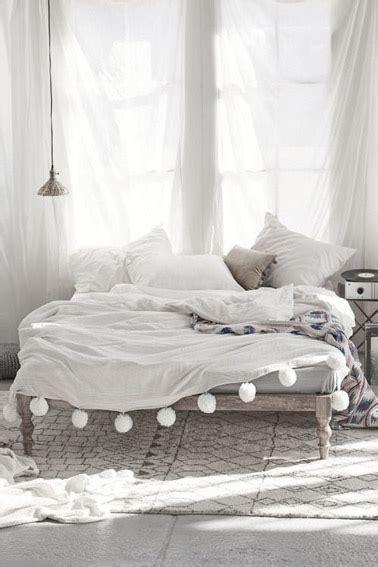 voilages chambre style bohème en déco chambre avec des voilages