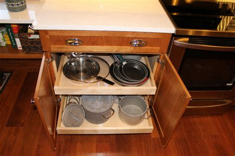 how to install kitchen cabinet kitchen remodel medina oh 7 medallion cabinetry 7261