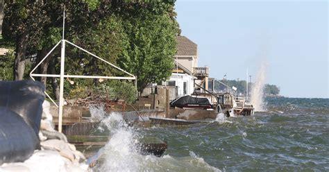 flooding lake ontario rochester waves