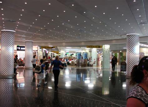 collegamenti lisbona porto lisbona l aeroporto cresce e si rinnova travelquotidiano