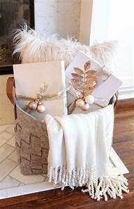 Rose Gold Decor : 25 unika gold christmas tree id er p pinterest julgran julgranar och juldekorationer ~ Teatrodelosmanantiales.com Idées de Décoration