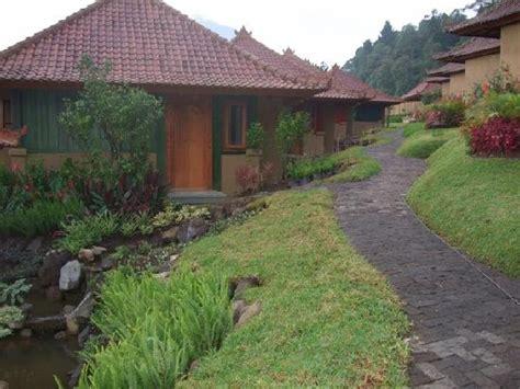 strawberry hill resort cozy interior picture of strawberry hill hotel baturiti tripadvisor