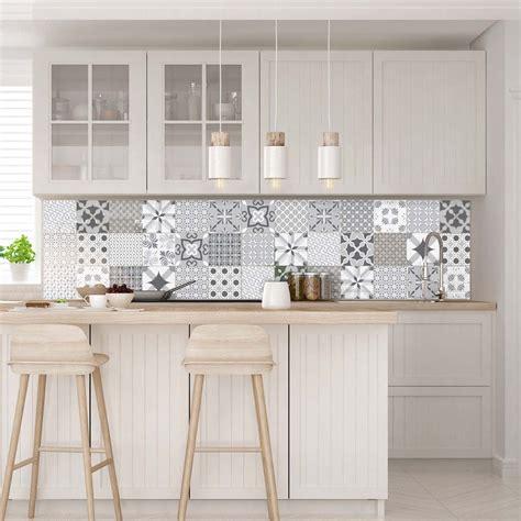 stickers carrelage carreaux de ciment 30 stickers carreaux de ciment nuance de gris romantique et design artistiques ambiance
