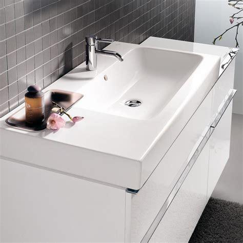 Keramag iCon washbasin with decorative bowl white, with