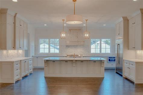 White Distressed French Kitchen Hood with Marble Arabesque