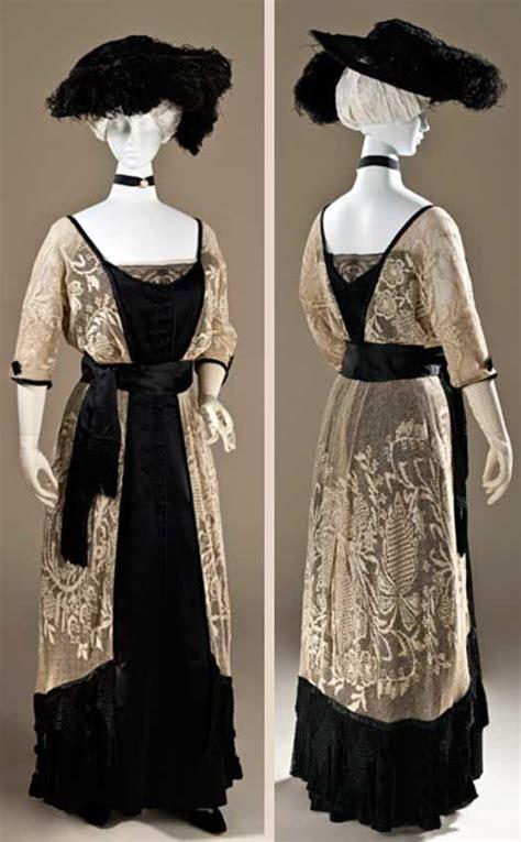 Belva Tunic dress callot soeurs 1910 1915 linen lace and silk satin