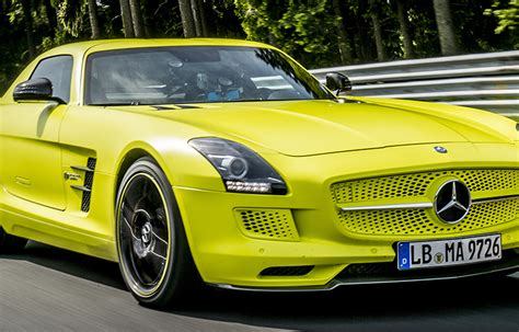 10 Totally Audacious Sports Cars In Yellow