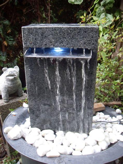 Wasserspiel Stein Garten by Wasserspiel Garten Granit Squarezom Club