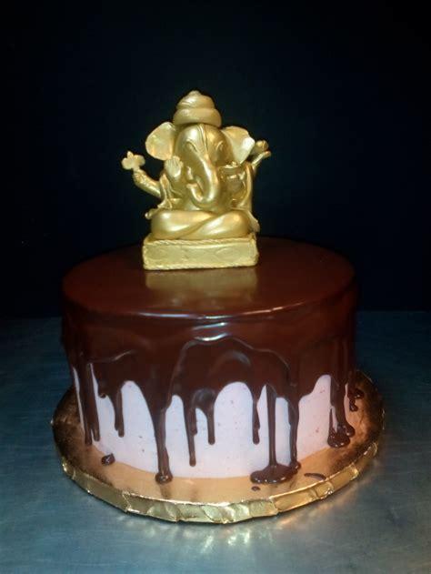 auspicious cake