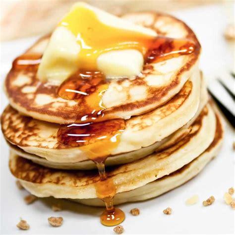 rührgerät mit schüssel pancakes pfannkuchen usa kulinarisch