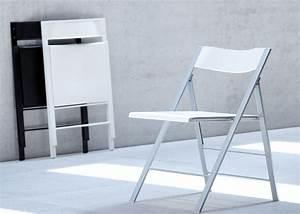 Chaise Pour Bureau : chaise pliante design noire ou blanche pour bureau chez ksl living ~ Teatrodelosmanantiales.com Idées de Décoration