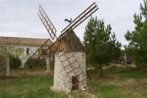 Moulin Deco Jardin : moulin vent decoration jardin ~ Teatrodelosmanantiales.com Idées de Décoration
