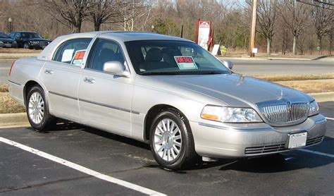 Lincoln Town Car Wiki Poisk Po Kartinkam Red