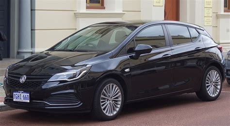 Opel Astra Usa by Holden Astra
