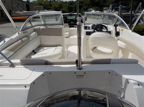 bayliner 190 deck boat series bow rider family pleasure