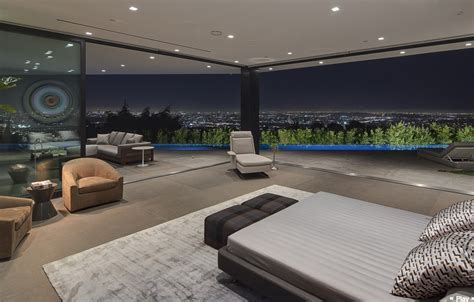 $32 Million Newly Built Modern Home In Los Angeles, CA
