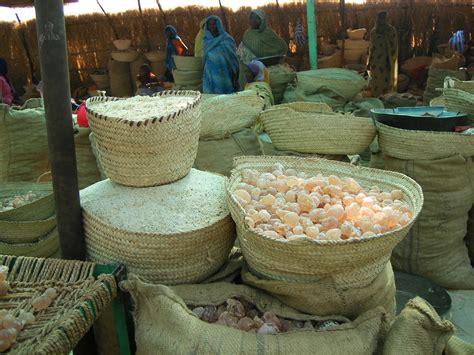 gomme arabique cuisine la gomme d 39 acacia un rôle social économique et