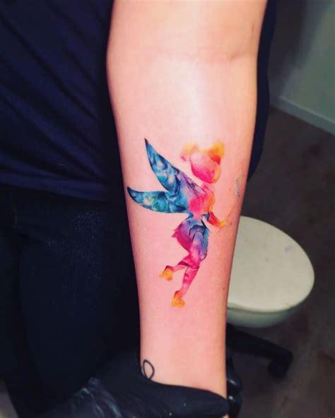 tatouage aquarelle fee clochette tatouage aquarelle