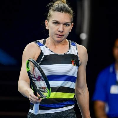 Is Simona Halep at the crossroads of her career?