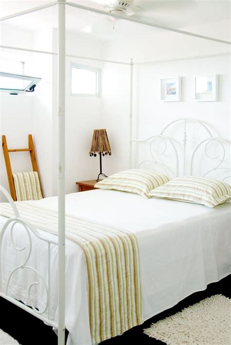 Ideas For A Peaceful Bedroom by White Serene Refuges Peaceful Bedroom Ideas