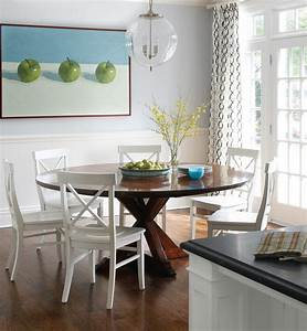 Charlotte, Round, Table, Decor, Dining, Room, Transitional, With, Light, Contemporary, Chairs, Hardwood, Floor