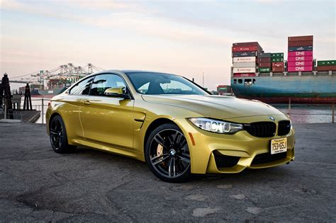 10 things to love about the 2018 bmw m4 coupe automobile magazine