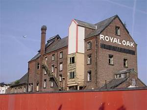 Panoramio - Photo of The Royal Oak Brewery, Stockport ...