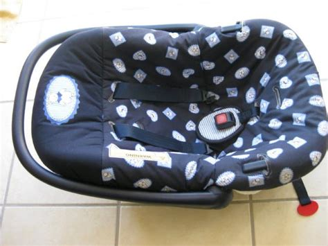 cosy ou siege auto siège auto cosy groupe 0 de marque safety baby lésigny