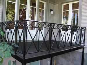 Modern Balcony Railing Design For Exterior Balcony With