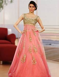Indian Traditional Dress For Women 2015 Fashion Show