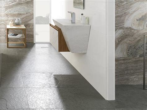 Natural Stone floor tiles   Natural stone flooring