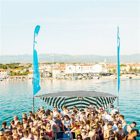 Party Boat Ta by Hideout Boat Party Eton Messy Tickets Central Novalja