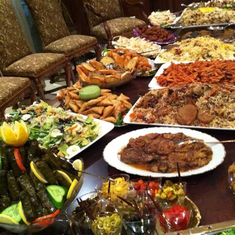 arabian cuisine feast table spreads food