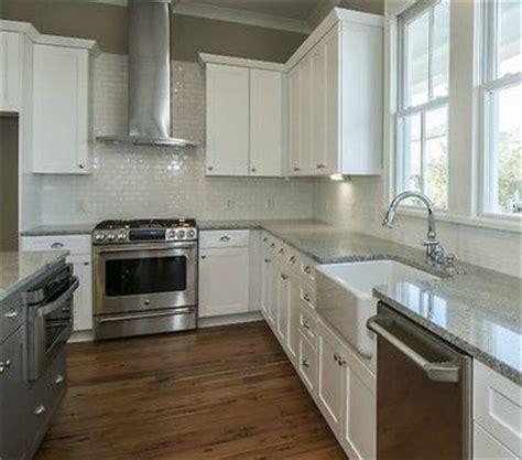 kitchen counter top tile best 25 kashmir white granite ideas on 4301