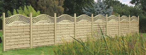 Curved Trellis Fencing wooden omega lattice topped panelss duncombe sawmill