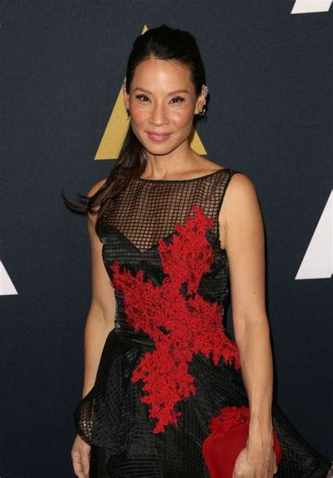 sexiest  hottest pictures  lucy liu  awesome